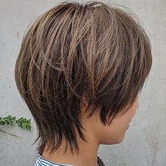 ナチュラル ショートヘア マッシュウルフ 伸ばしかけ ヘアスタイルや髪型の写真・画像