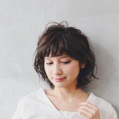グレージュ ゆるふわ 外国人風カラー アッシュ ヘアスタイルや髪型の写真・画像