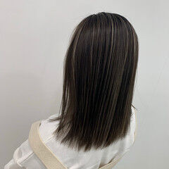 ホワイトカラー コントラストハイライト ストリート ブリーチ ヘアスタイルや髪型の写真・画像
