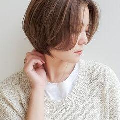 ナチュラル ショート ショートヘア 耳かけ ヘアスタイルや髪型の写真・画像