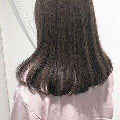 フェミニン ふわふわ ゆるふわ ミルクティー ヘアスタイルや髪型の写真・画像