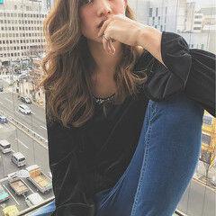 かわいい フェミニン ヘアアレンジ ロング ヘアスタイルや髪型の写真・画像