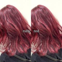 ミディアム カシスレッド レッド ヘアカラー ヘアスタイルや髪型の写真・画像
