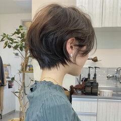 ショート ナチュラル ショートヘア ミルクティーベージュ ヘアスタイルや髪型の写真・画像