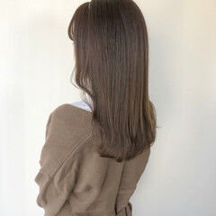 シアーベージュ ショコラブラウン ミルクティーベージュ カチューシャ ヘアスタイルや髪型の写真・画像