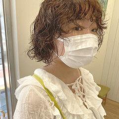 ミニボブ カーリーヘアー ボブ スパイラルパーマ ヘアスタイルや髪型の写真・画像
