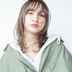 ウルフパーマ アンニュイほつれヘア レイヤーカット ウルフカット ヘアスタイルや髪型の写真・画像