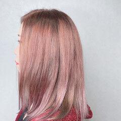ナチュラル インナーカラーオレンジ モテボブ オリーブアッシュ ヘアスタイルや髪型の写真・画像