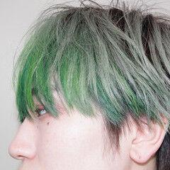 インナーカラー ストリート ショートヘア インナーグリーン ヘアスタイルや髪型の写真・画像