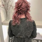 ツインテール ヘアアレンジ ピンク ピンクベージュ