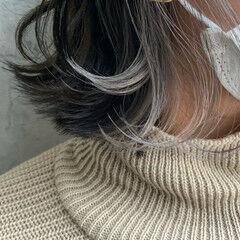 ボブ 濡れ髪スタイル アッシュグレージュ インナーカラー ヘアスタイルや髪型の写真・画像
