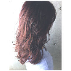 デート ローズ ハイライト パーマ ヘアスタイルや髪型の写真・画像