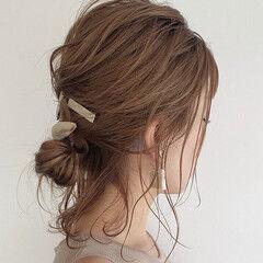 セルフヘアアレンジ 簡単ヘアアレンジ ハーフアップ ミディアム ヘアスタイルや髪型の写真・画像
