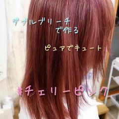 ガーリー チェリーピンク キュート 透明感カラー ヘアスタイルや髪型の写真・画像