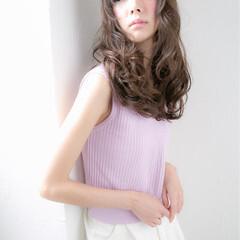 ロング パンク ストレート 大人かわいい ヘアスタイルや髪型の写真・画像