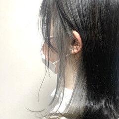 インナーカラー グレーアッシュ アッシュグレー モード ヘアスタイルや髪型の写真・画像