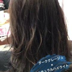 セミロング 大人女子 ハイライト ボブ ヘアスタイルや髪型の写真・画像