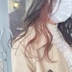 ロング デザインカラー アンニュイほつれヘア ミルクグレージュ