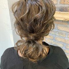 ヘアアレンジ ミディアム ローポニー ナチュラル ヘアスタイルや髪型の写真・画像