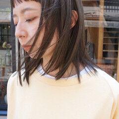 ミディアム 透明感 切りっぱなしボブ 透明感カラー ヘアスタイルや髪型の写真・画像