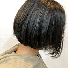前下がりボブ ハイライト 大人ハイライト デニム ヘアスタイルや髪型の写真・画像