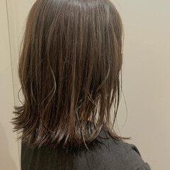 夏 切りっぱなしボブ コテ巻き ボブ ヘアスタイルや髪型の写真・画像