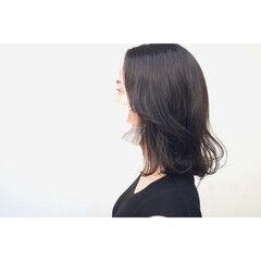 暗髪 外ハネボブ ボブ ナチュラル ヘアスタイルや髪型の写真・画像