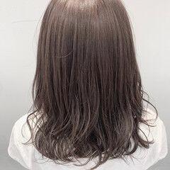 ブリーチなし 初カラー 透明感カラー ミディアム ヘアスタイルや髪型の写真・画像