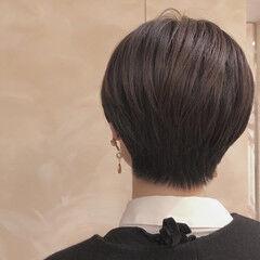 ナチュラル ショート ショートヘア ダークカラー ヘアスタイルや髪型の写真・画像