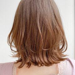 ミディアム モテ髪 ひし形 レイヤースタイル ヘアスタイルや髪型の写真・画像