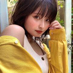 ミディアム イルミナカラー ブラウンベージュ アッシュ ヘアスタイルや髪型の写真・画像