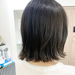 ブルーアッシュ 切りっぱなしボブ ブルージュ ボブ ヘアスタイルや髪型の写真・画像