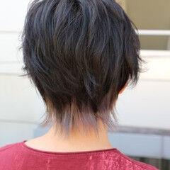 ウルフカット シルバー 透明感カラー インナーカラーシルバー ヘアスタイルや髪型の写真・画像
