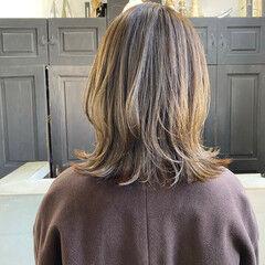 ミディアム レイヤーロングヘア 外国人風カラー ナチュラル ヘアスタイルや髪型の写真・画像