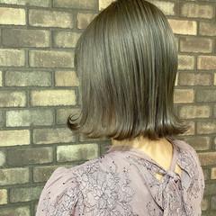 ブリーチオンカラー ブリーチ必須 切りっぱなしボブ イルミナカラー ヘアスタイルや髪型の写真・画像