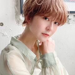 ナチュラルデジパ ミディアムレイヤー ハイライト 似合わせカット ヘアスタイルや髪型の写真・画像