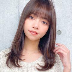 レイヤーカット レイヤー 小顔 レイヤーロングヘア ヘアスタイルや髪型の写真・画像