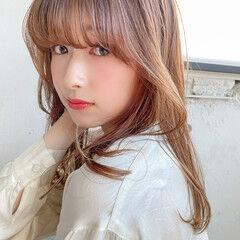重めバング 韓国ヘア ナチュラル ハイライト ヘアスタイルや髪型の写真・画像