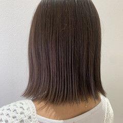 ナチュラル チョコレート 切りっぱなしボブ 透明感カラー ヘアスタイルや髪型の写真・画像