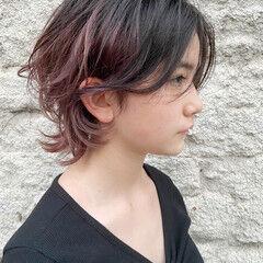 レイヤースタイル ブリーチカラー ナチュラル ニュアンスウルフ ヘアスタイルや髪型の写真・画像