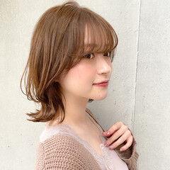 デジタルパーマ レイヤースタイル 外ハネ 大人可愛い ヘアスタイルや髪型の写真・画像