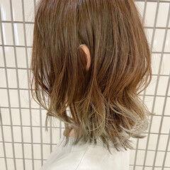 ブリーチ ナチュラル ゆるふわパーマ ミディアム ヘアスタイルや髪型の写真・画像