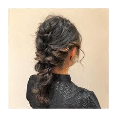 ヘアアレンジ ダウンスタイル フェミニン 柔らかパーマ ヘアスタイルや髪型の写真・画像