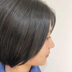 ショート 大人かわいい 透明感カラー ナチュラル ヘアスタイルや髪型の写真・画像