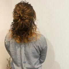 ミディアム ハーフアップ ヘアセット お団子 ヘアスタイルや髪型の写真・画像