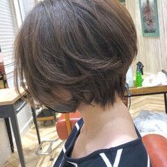 マッシュショート 暗髪 ナチュラル ショート ヘアスタイルや髪型の写真・画像