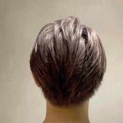 シルバー ナチュラル グレージュ メンズ ヘアスタイルや髪型の写真・画像