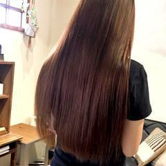 うる艶カラー ロング 大人可愛い ベリーピンク ヘアスタイルや髪型の写真・画像