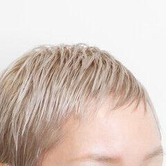 ブリーチカラー プラチナブロンド ハイトーンカラー ショート ヘアスタイルや髪型の写真・画像