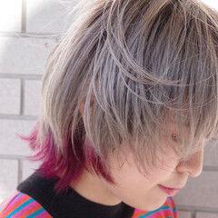 耳かけ インナーピンク ウルフカット モード ヘアスタイルや髪型の写真・画像